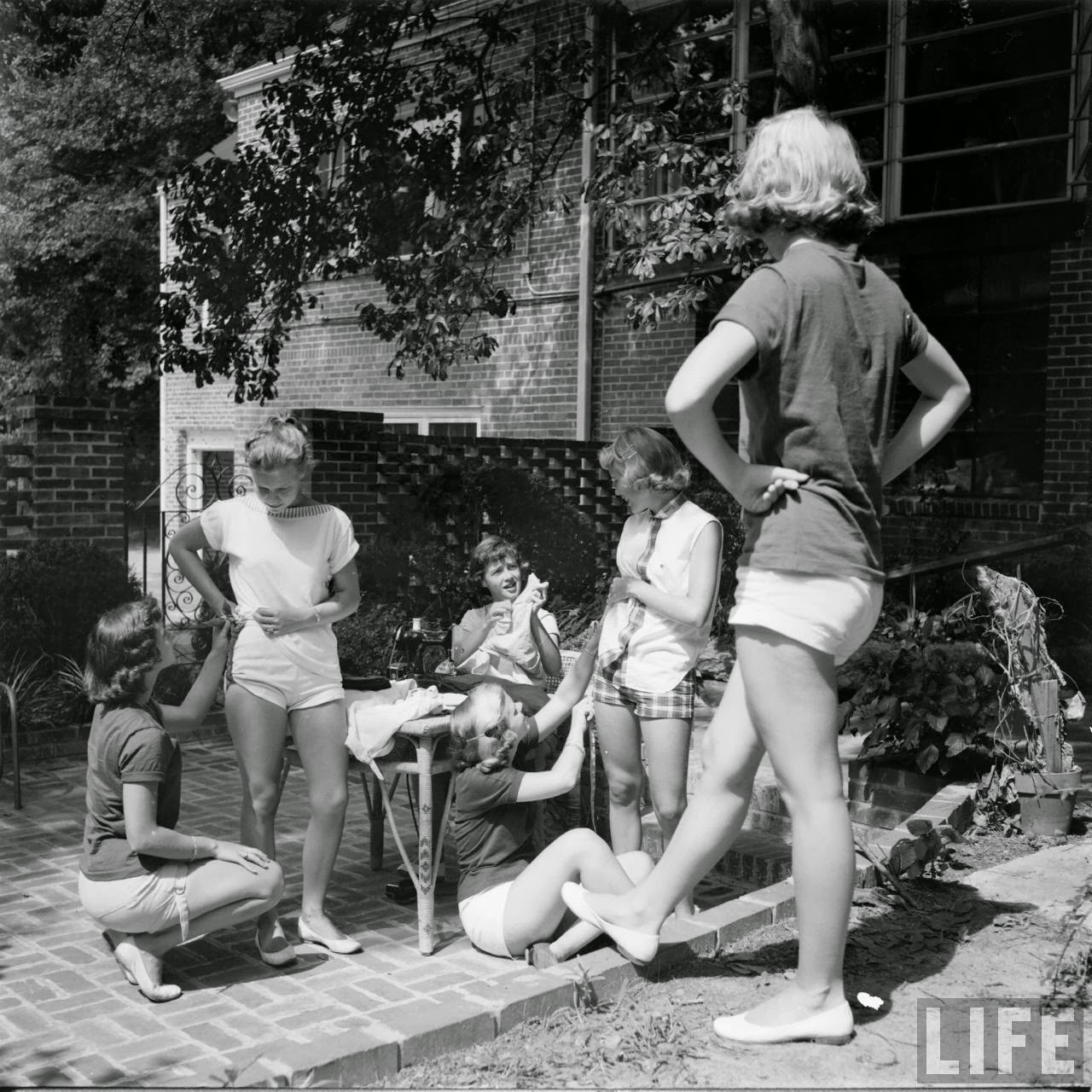 Short Shorts in the 1950's (17)