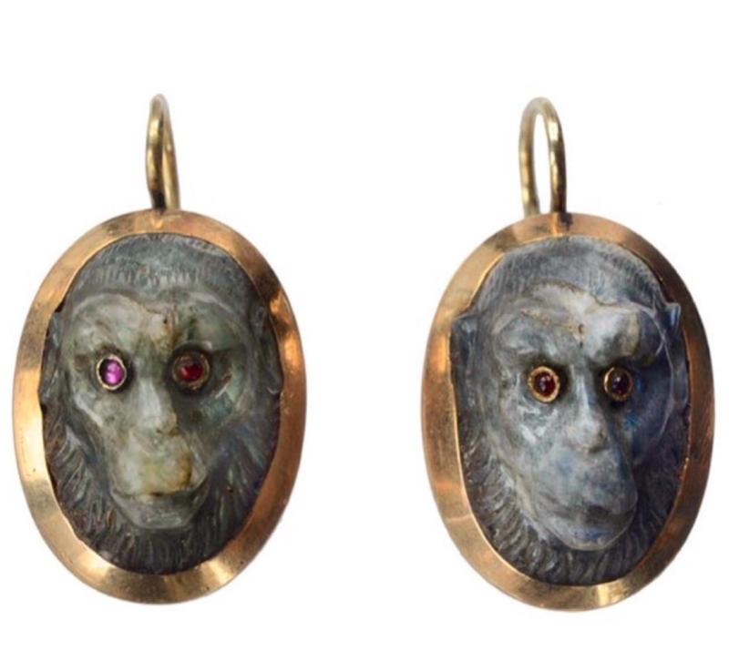 Серьги с обезьянками, вместо глаз у которых закреплены рубины!