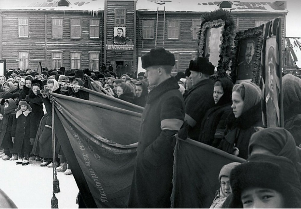 Смерть Сталина: траур правильный и неправильный