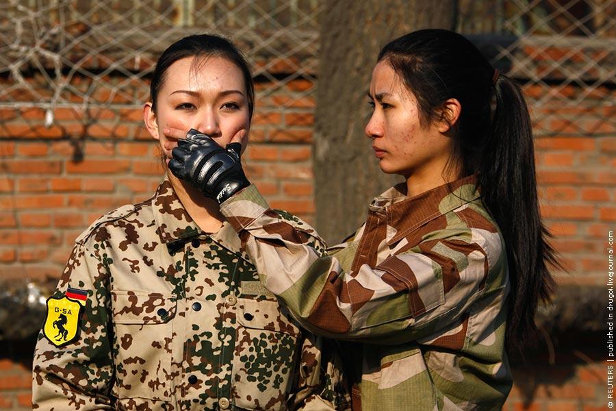 http://l-pics.livejournal.com/drugoi/pic/0175c41b.jpg