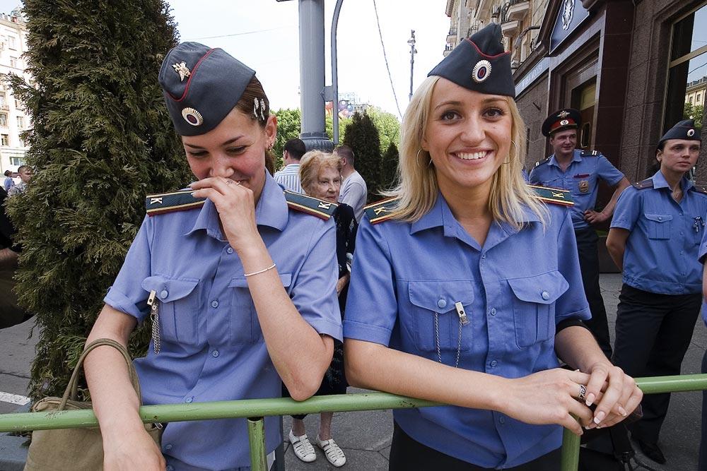 Фоторепортаж о неудавшемся гей-параде в Москве (20 фото с