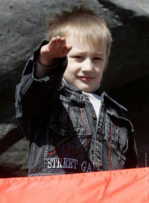 Митинг ДПНИ. 1 мая 2009 года.