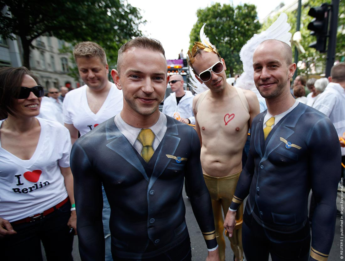 Красивые мальчики геи ебуца в жопу фото 212-470