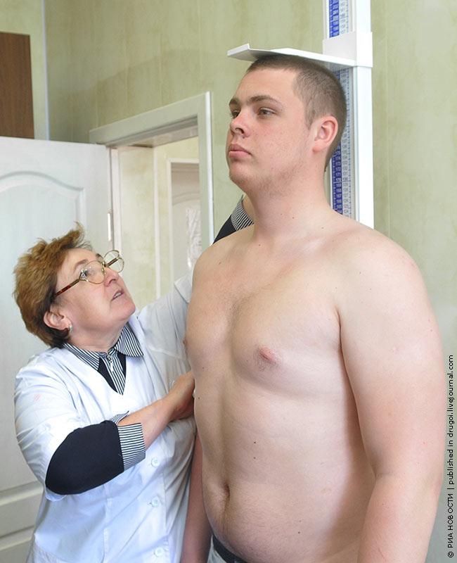 na-medosmotre-bolshoy-chlen