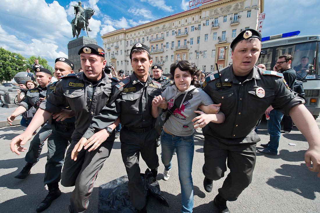 Настоящее лицо полицейского режима