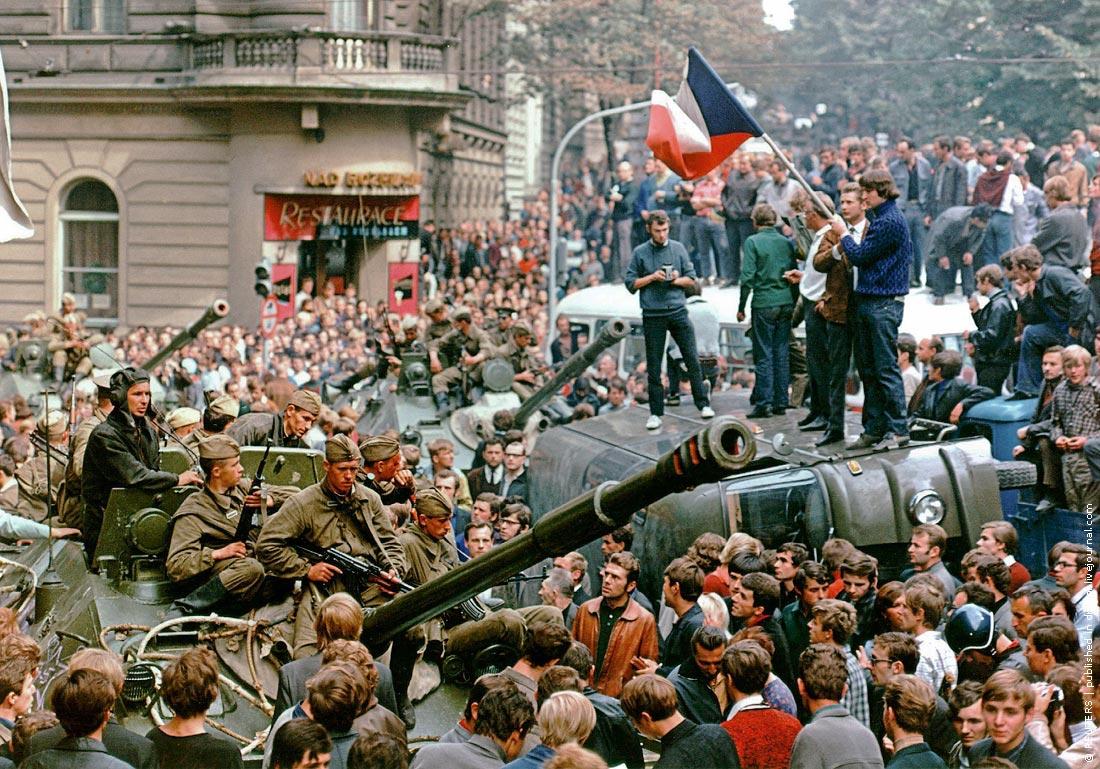 """""""Президент Земан представляет собой угрозу нацбезопасности"""": правительство Чехии не намерено проводить референдум по выходу из ЕС и НАТО - Цензор.НЕТ 3305"""