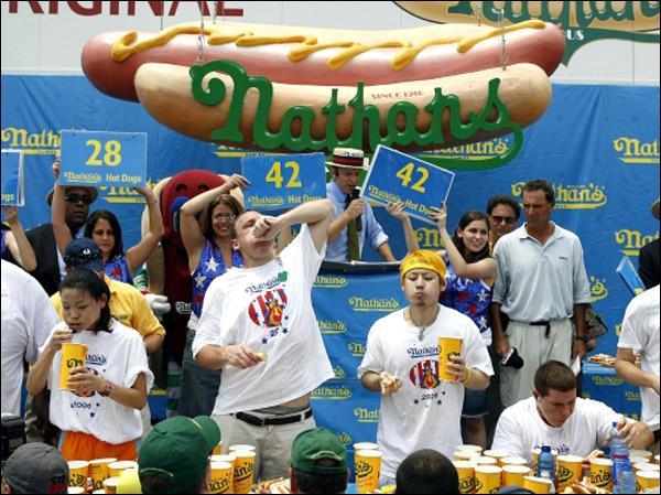 Национальный день хот-дога в США