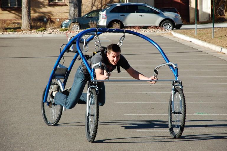 электрический трехколесный велосипед