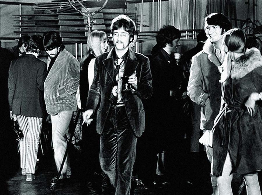 015 Джон Леннон, Майк Несмит, Джордж Харрисон и др., 1967