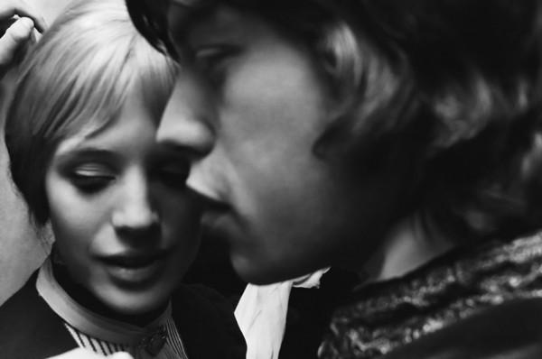 171 Мик Джаггер и Марианна Фейтфул - 1967