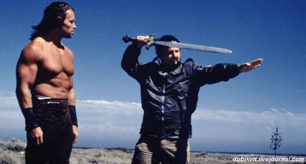 0028 Арнольд Шварценеггер и Джон Милиус на съемках «Конана-варвара» (1981)