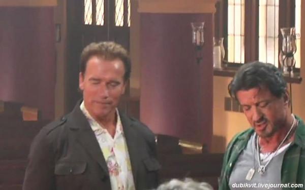 0071 Арнольд Шварценеггер и Сильвестр Сталлоне на съемках «Неудержимые»