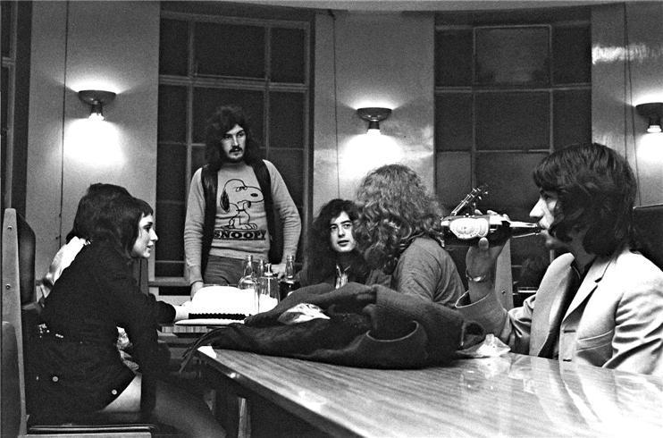 006 Led Zeppelin 9