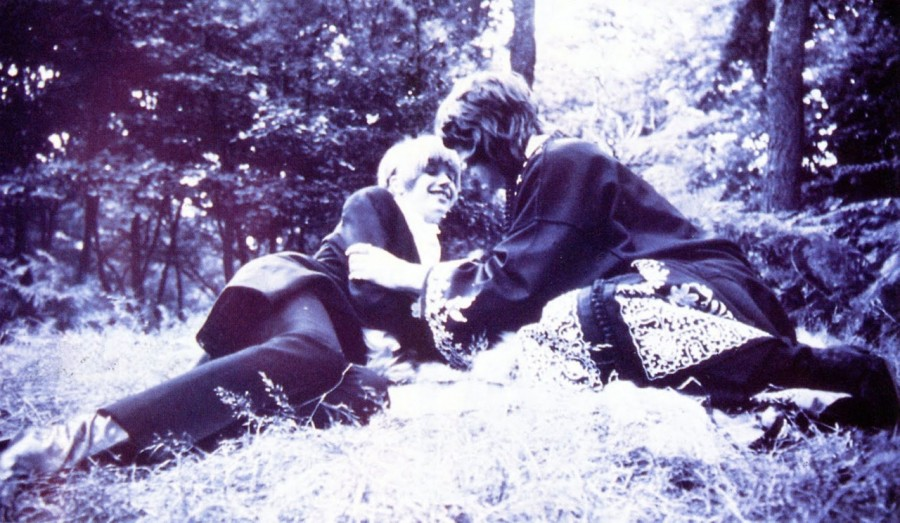 012 Mick Jagger & Marianne Faithfull, 1967