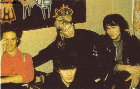 Густав, Джоанна, Виктор и Юрий в квартире у Густава. 1986