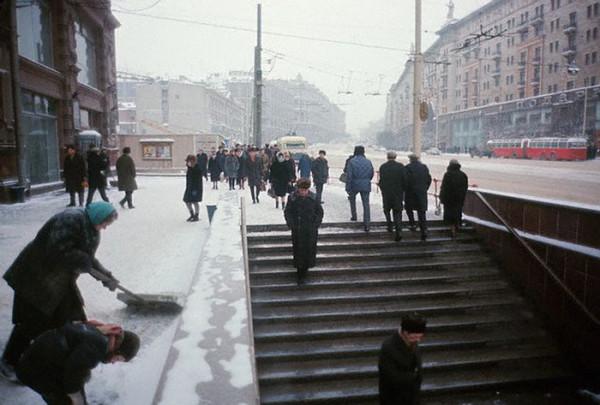 052 Улица Горького в Москве