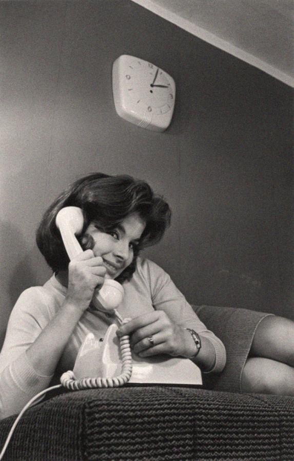 Реклама телефона. Автор Трахман Михаил, 1960-е