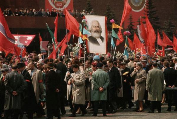 074 На первомайской демонстрации в Москве
