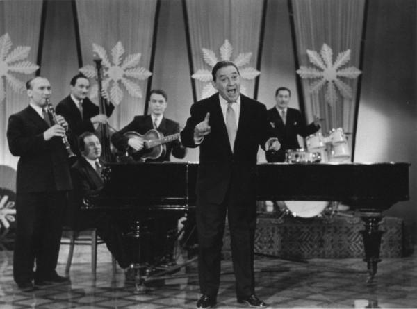Выступление на ''Голубом огоньке''. Леонид Утёсов. Автор Степанов Владимир, 1963