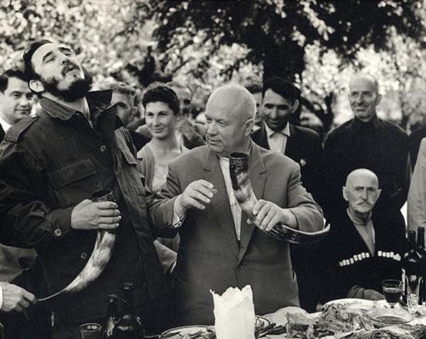 Грузия. Н. С. Хрущёв и Фидель Кастро. Автор Егоров Василий, 1963