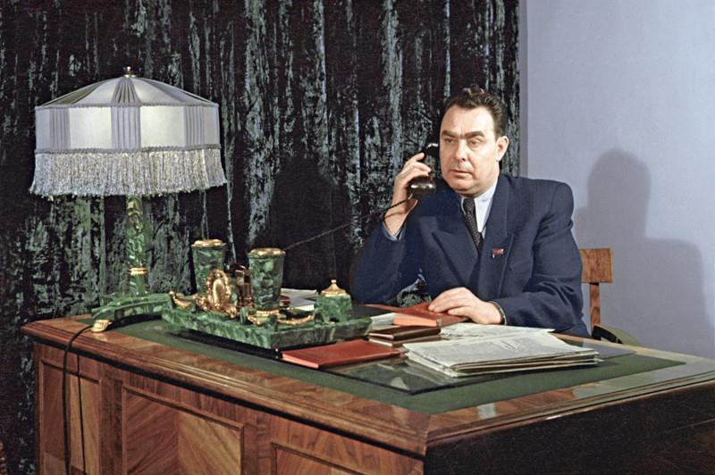 Секретарь ЦК КП Казахстана Брежнев Л.И., 1954