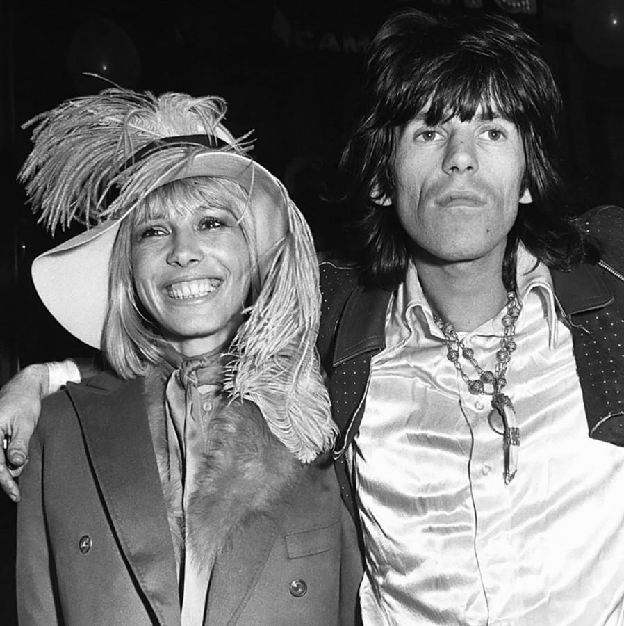 05 Кейт Ричардс и Анита Палленберг на премьере Yellow Submarine, 1968