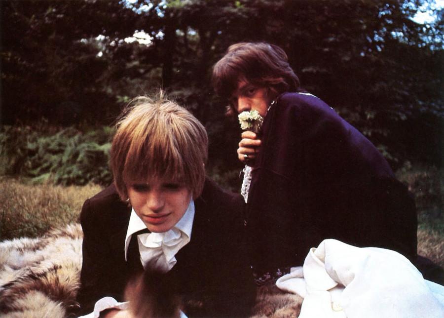07 Mick Jagger & Marianne Faithfull, 1967