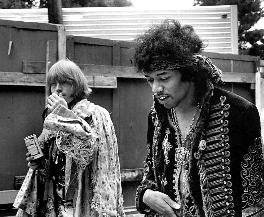 21 Брайан Джонс и Джимми Хендрикс - 1967