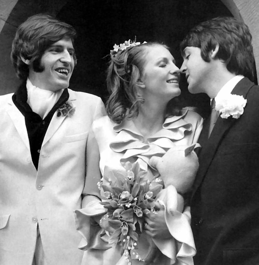 517 Пол на свадьбе своего брата - 1968