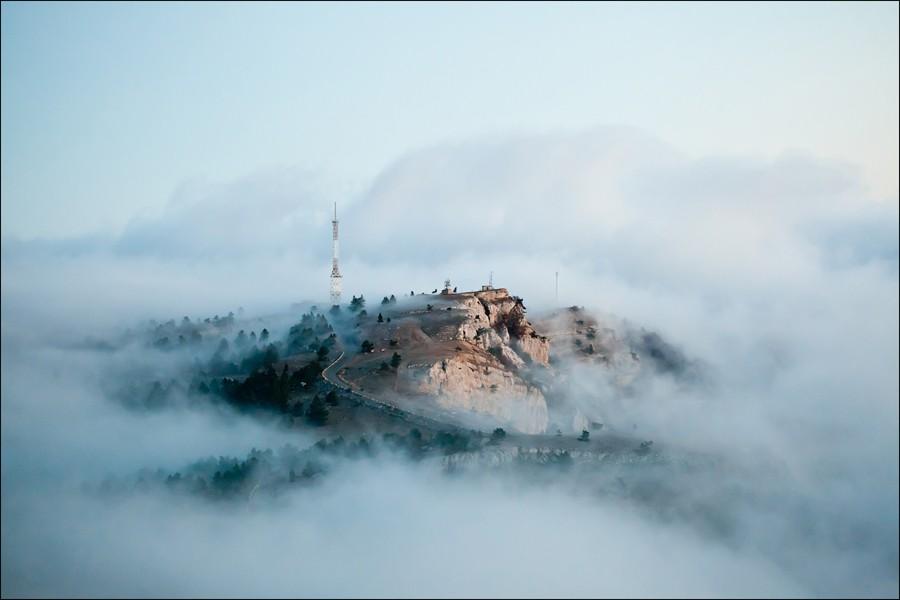 Остров, парящий в облаках. Ай-Петри, Крым