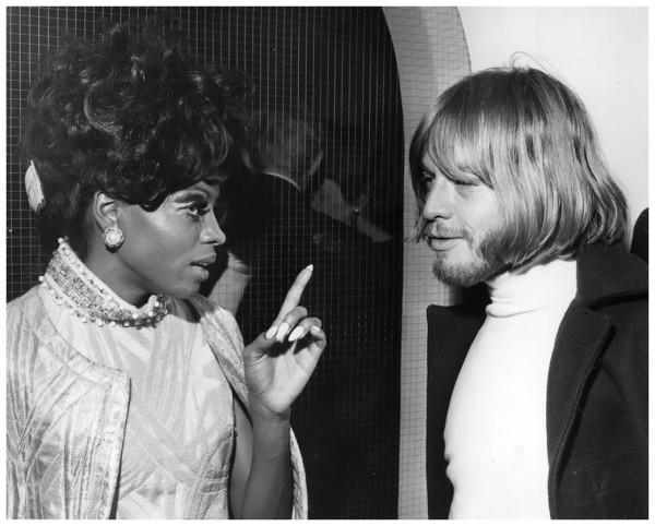 194 Дайана Росс и Брайан Джонс - Лондон - 1968