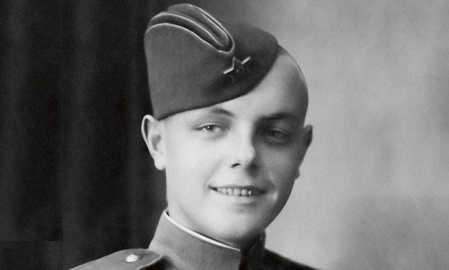 Кирилл Лавров   армейское фото