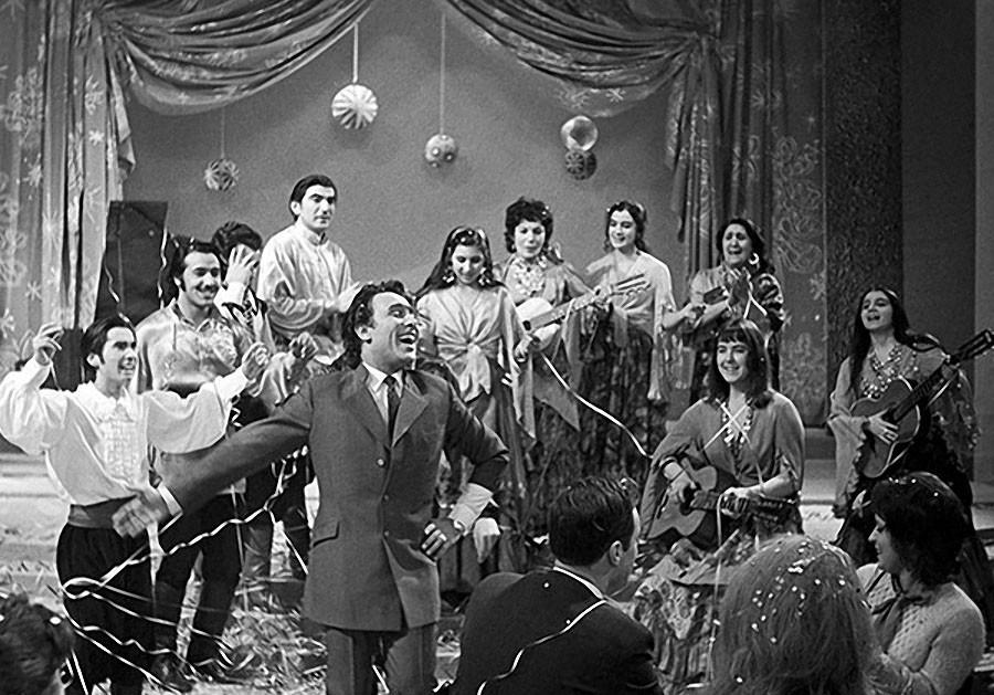 Съемка телепередачи Голубой Огонек. Поет Николай Сличенко. 1971 год