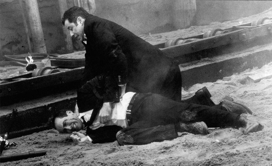 Николас Кейдж и Джон Траволта на съёмках фильма  Без лица