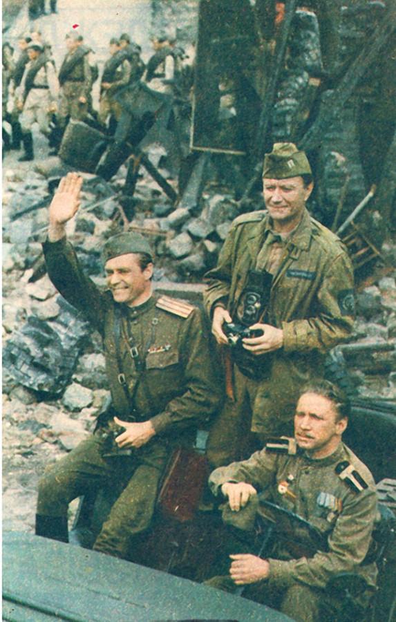 Андрей Миронов сна съёмках фильма Победа