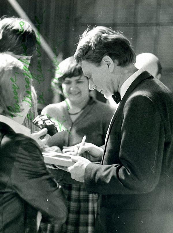 Фото со съёмок фильма-концерта Грустить не надо с автографом, 1983 год