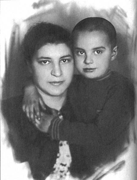 Веня Смехов с мамой