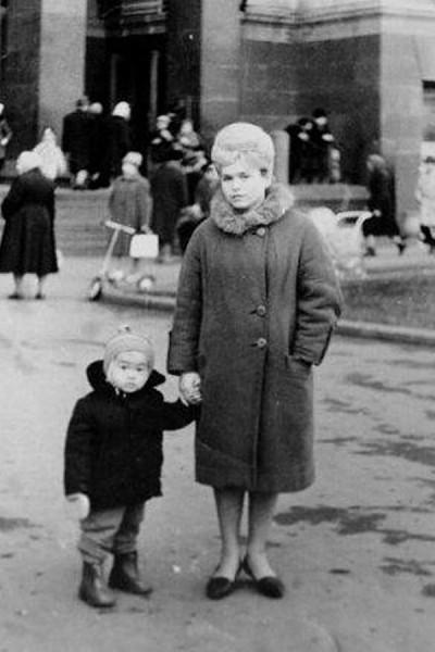 Виктор Цой с мамой Валентиной  Васильевной
