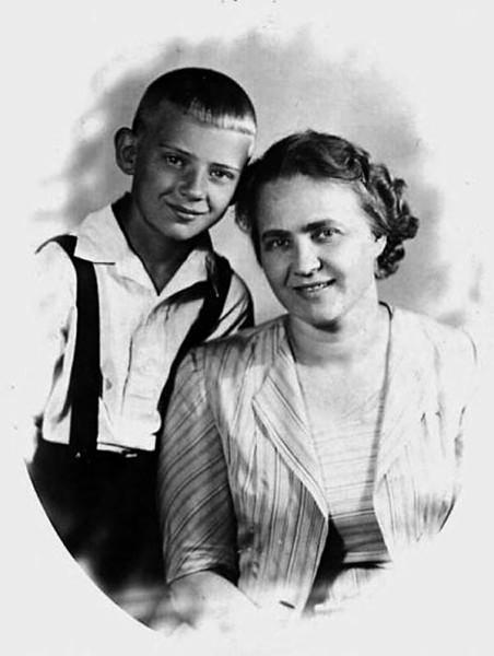 Мария Визбор с сыном Юрой