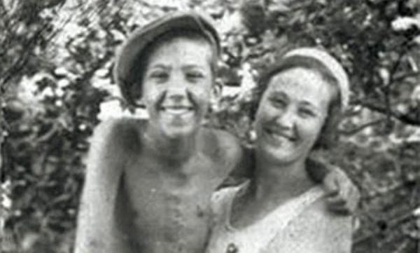 Юра Никулин с мамой