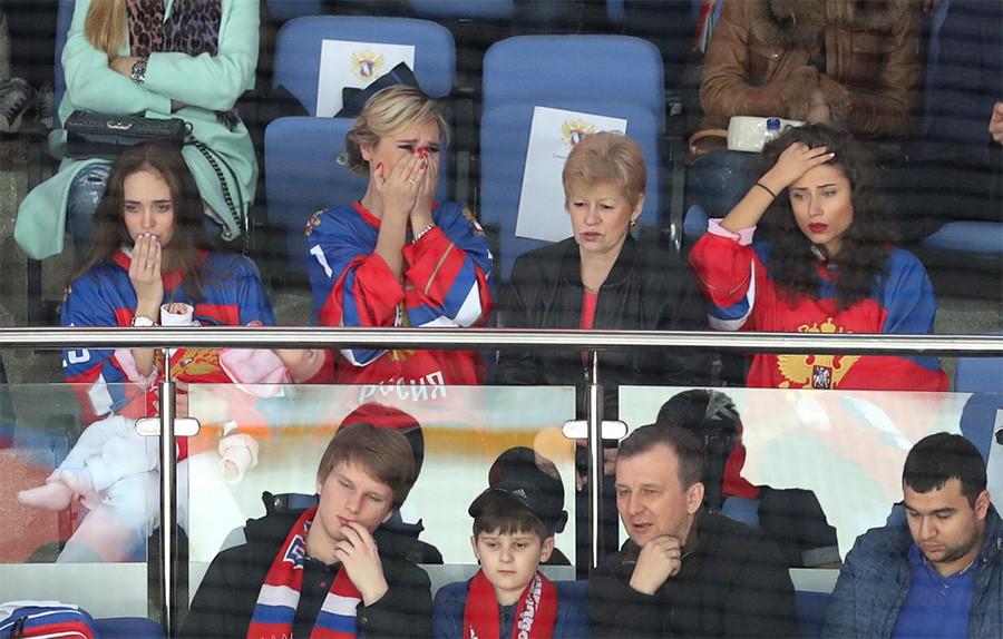 Хоккей. Россия-Финляндия...