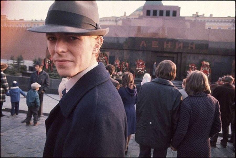 Дэвид Боуи, 1976