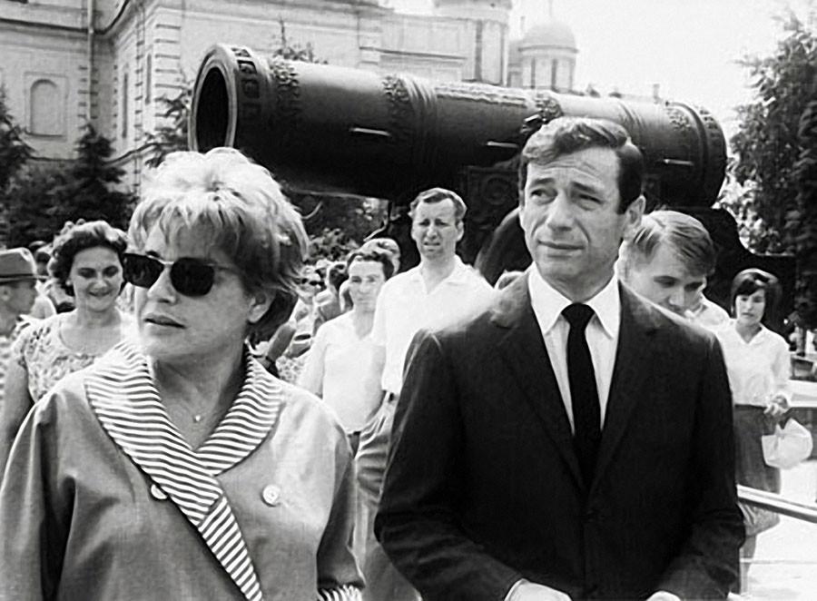Синьоре Симона и Ив Монтан, 1963