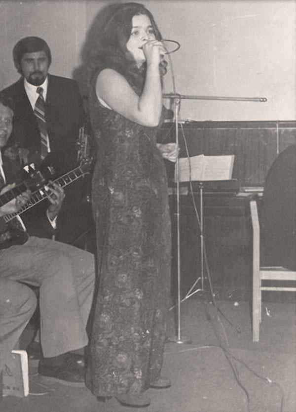 Лариса Долина 1971 год