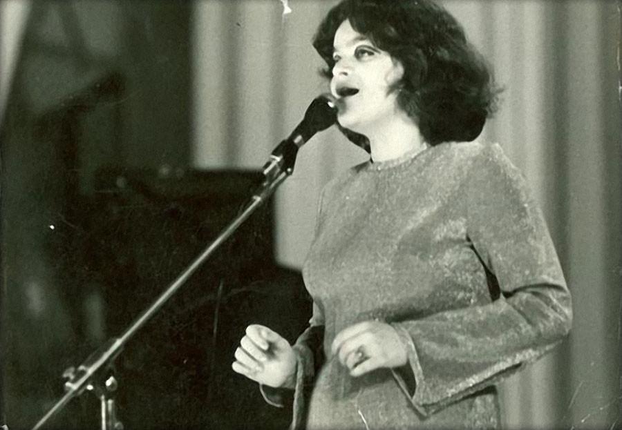 Лариса Долина 1974 год