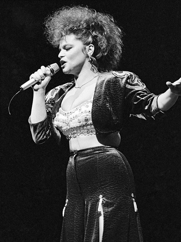 Лариса Долина 1990 год