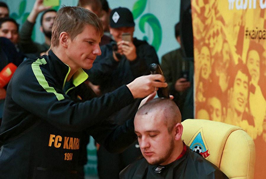 Аршавин  парикмахер