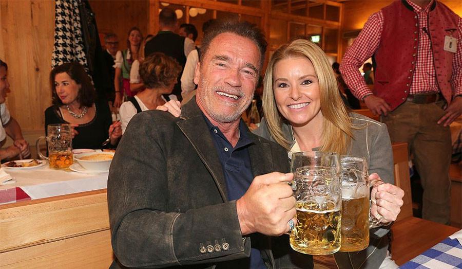 А Арнольд Шварценеггер очень любит пиво