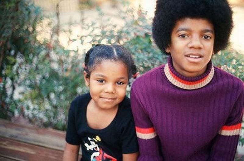 112 Юные Джанет и Майкл Джексоны