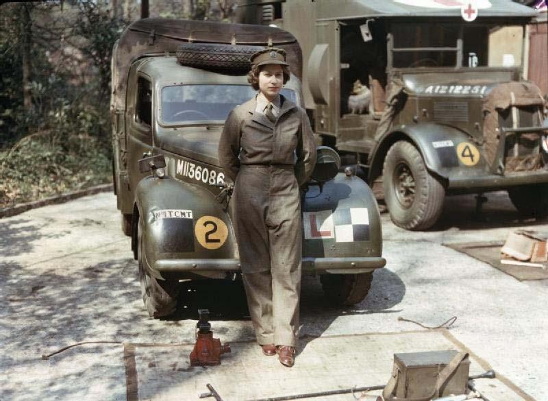 126 Королева Елизавета на службе в армии во время Второй мировой войны